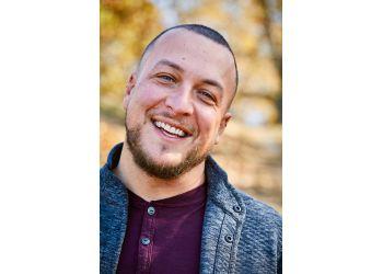 St Louis marriage counselor Ryan Thomas Neace, MFT, LPC, CCMHC