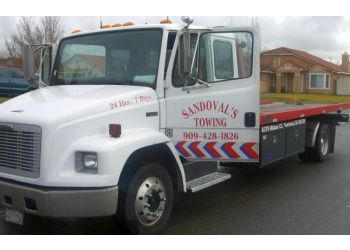 Fontana towing company SANDOVAL'S TOWING