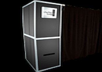 Tampa photo booth company SHUTTERBOOTH