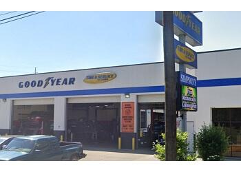 Baton Rouge car repair shop SIMPSON'S SERVICE CENTER Inc.