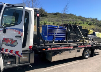Aaa Towing Cost >> 3 Best Towing Companies in Escondido, CA - Expert Recommendations