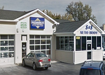 Buffalo auto body shop S & S Auto Body