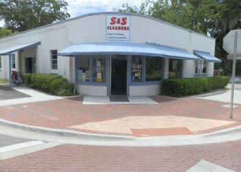 Gainesville dry cleaner  S & S Cleaners