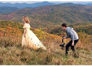 Knoxville videographer STUDIO MOTION FILMS