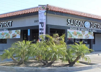 Huntington Beach vietnamese restaurant Saigon District Restaurant