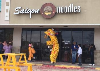 Baton Rouge vietnamese restaurant Saigon Noodles