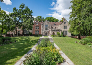 Des Moines landmark Salisbury House & Gardens