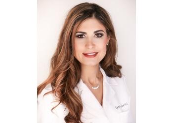 Orange cosmetic dentist Samira Seini, DDS