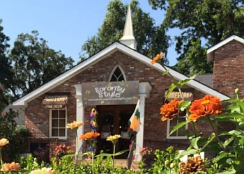 Baton Rouge gift shop Sanctuary Home & Gifts
