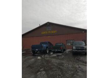 Overland Park auto body shop Santa Fe Body Inc.