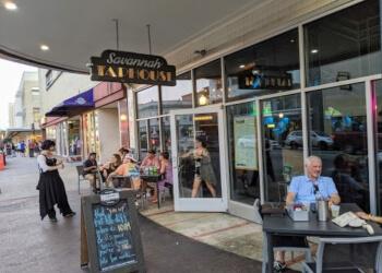 Savannah sports bar Savannah Taphouse