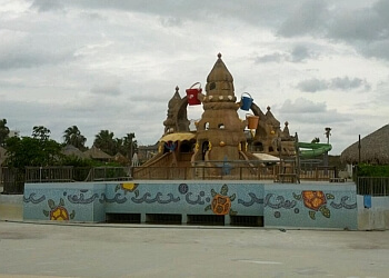 Brownsville amusement park Schlitterbahn Waterpark