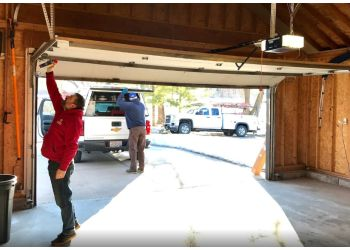3 Best Garage Door Repair In Madison Wi Threebestrated