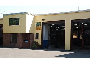 Rochester car repair shop Schrader's Garage