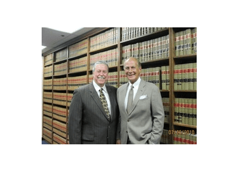 Mesquite divorce lawyer Schuerenberg & Grimes