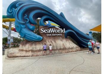 San Antonio amusement park SeaWorld San Antonio