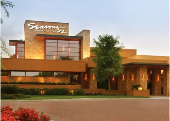 Orlando american cuisine Seasons 52