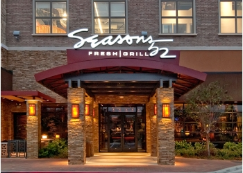 Plano american restaurant Seasons 52