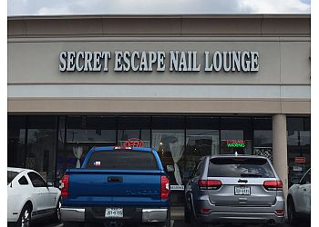 Houston nail salon Secret Escape Nail Lounge