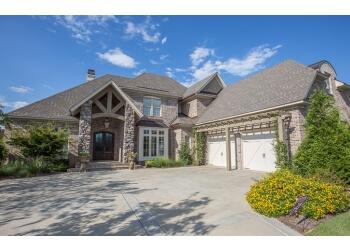 Montgomery home builder SELBY DAVIS BUILDER, LLC