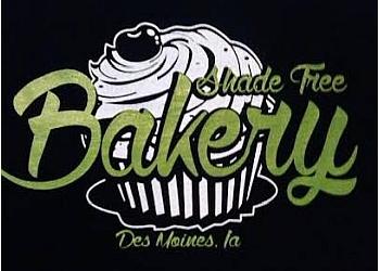 Des Moines cake Shade Tree Bakery