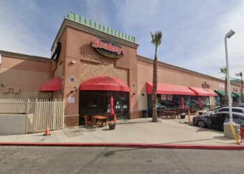 Palmdale pizza place Shakey's Pizza Parlor
