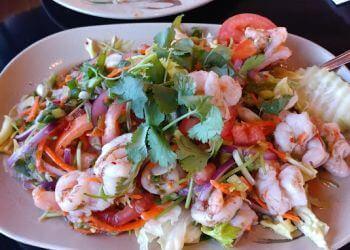 Palmdale thai restaurant Shandra Thai Cuisine
