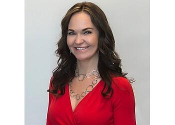 Overland Park real estate agent Shannon Lyon