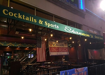 3 Best Sports Bars in Long Beach, CA - ThreeBestRated