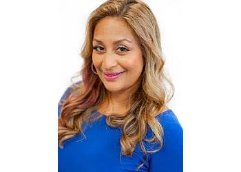 Santa Rosa gynecologist Shazah Khawaja, MD, FACOG