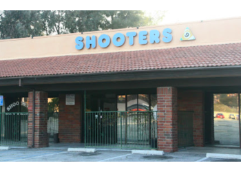 Santa Clarita sports bar Shooters Bar & Billiards