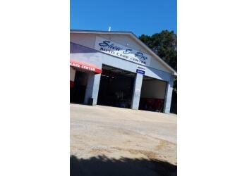 Fayetteville auto body shop Show & Pro Paint & Body, Inc.