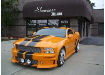 Warren auto body shop Showcase Collision