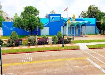 Shreveport places to see Shreveport Aquarium