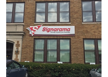 Milwaukee sign company Signarama
