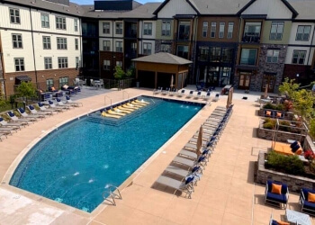 Richmond pool service Signature Pool Services