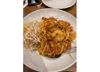 Huntington Beach thai restaurant Silk Thai Cuisine