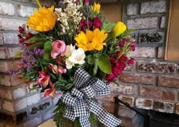 Stockton florist Silveria's Flowers & Gifts