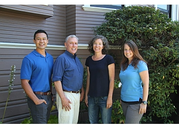 3 Best Physical Therapists in Oakland, CA - Expert ...