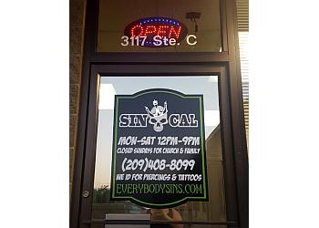 Modesto tattoo shop Sin Cal Industries