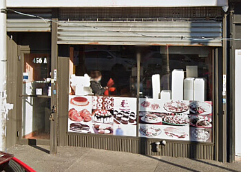 Yonkers cake Sin Dulce Bakery