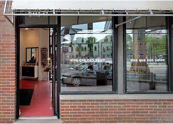 Chicago hair salon Sine Qua Non Salon
