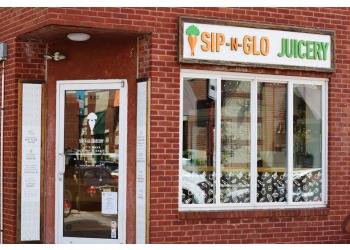 Philadelphia juice bar Sip-N-Glo Juicery