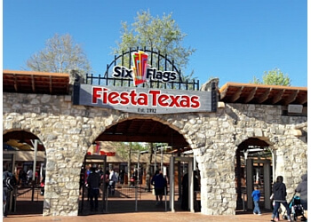 San Antonio amusement park Six Flags Fiesta Texas