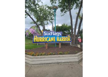 Rockford amusement park Six Flags Hurricane Harbor