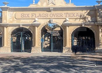 Arlington amusement park Six Flags Over Texas