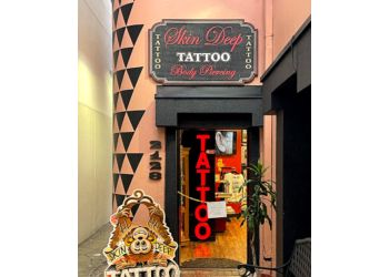 Honolulu tattoo shop Skin Deep Tattoo Waikiki