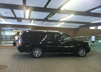 Providence limo service Skyplus Limousines