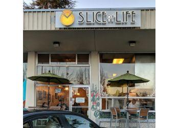 Santa Rosa vegetarian restaurant Slice of Life