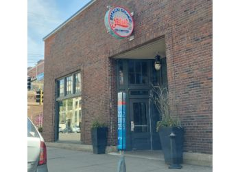 Minneapolis seafood restaurant Smack Shack